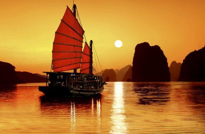 GRAND CHINA, HONG KONG AND VIETNAM CRUISE-TOUR