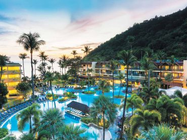 Phuket Marriott Resort & Spa, Merlin Beach Exclusive Package